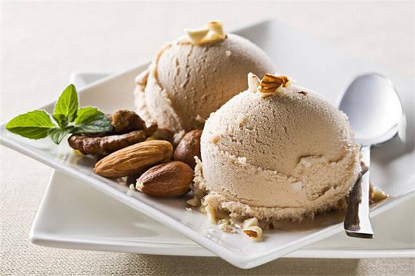 奶茶冰淇淋加盟店品牌