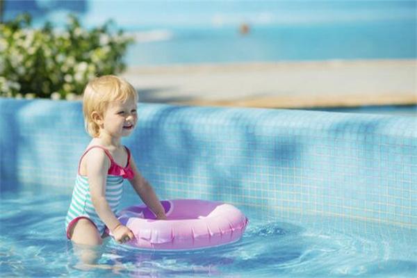 婴儿游泳池加盟费多少钱