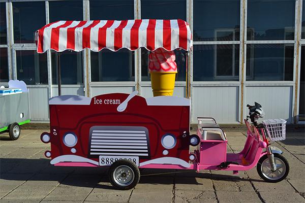 流动冰淇淋车
