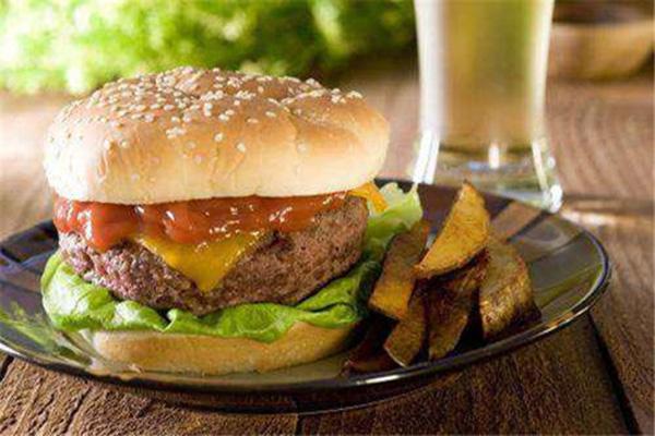 乐堡派加盟费多少:3.8万元起(汉堡店如何提升营业额)